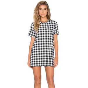 A Fine Line Everyday Tee Dress in Plaid XS